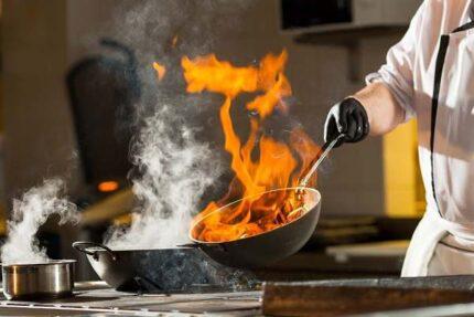 تصویر با کیفیت آشپز