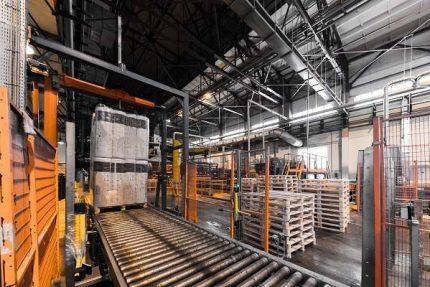 تصویر با کیفیت خط تولید کارخانه صنعتی