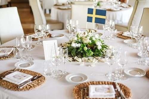 دانلود تصویر میز عروسی با گل