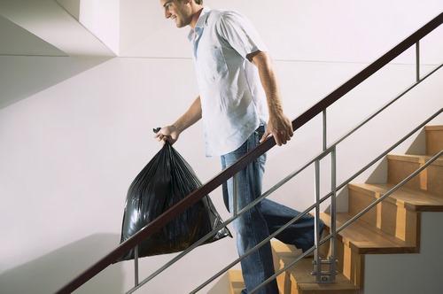 دانلود تصویر با کیفیت تمیز کردن و نظافت خانه 🔥